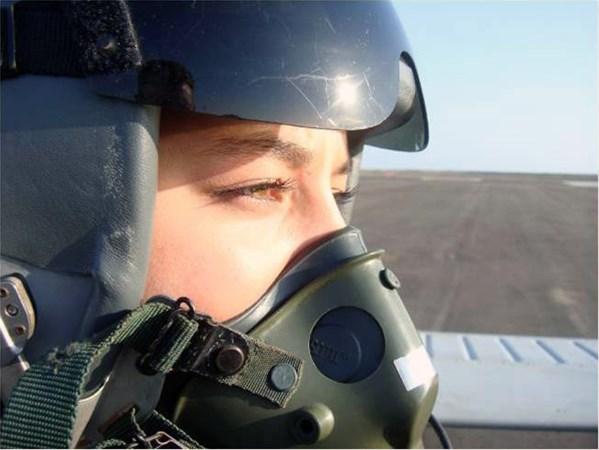 Prva muslimanka vojni pilot u J. Americi: Maybeline Thoraya želi postati ministrica odbrane Ekvadora