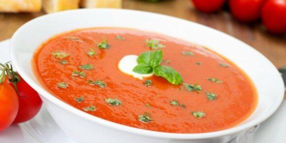 Paradajz supa – maštoviti recept za ukusnu krem supu od paradajza
