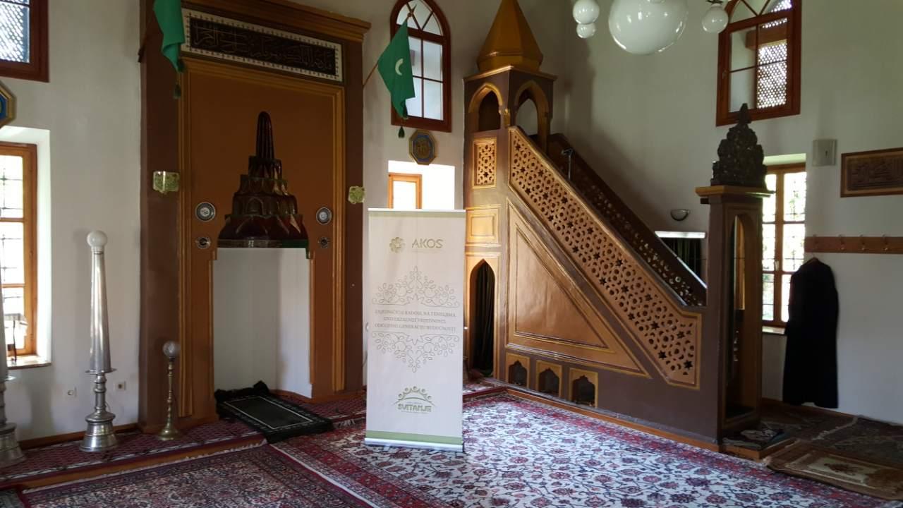 """Udruženje Svitanje- održana akcija """"Očistimo naše džamije"""""""