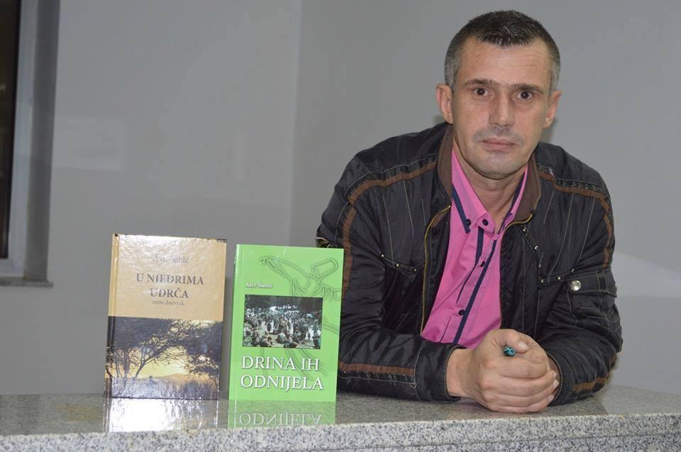 Podrinjac Azir Šabić u okruženju pisao dnevnik iz kojeg su nastale dvije knjige