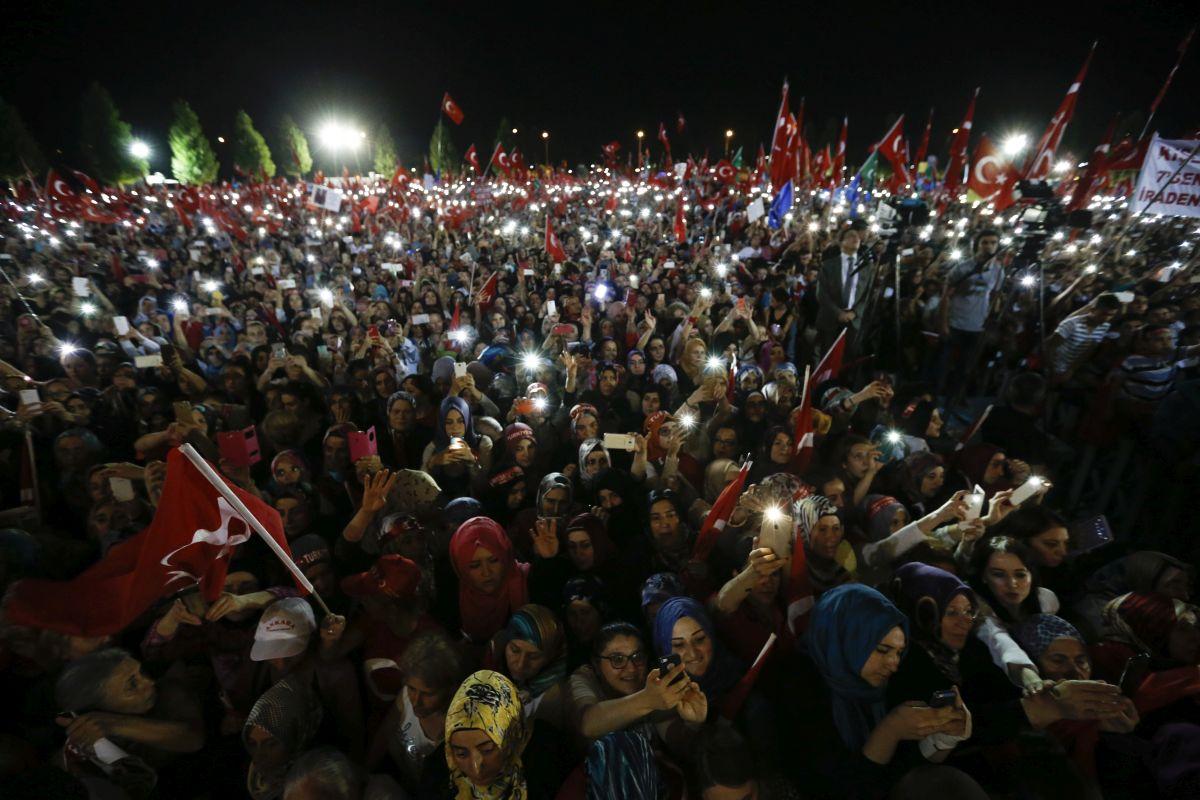 Noć kada je narod sačuvao državu