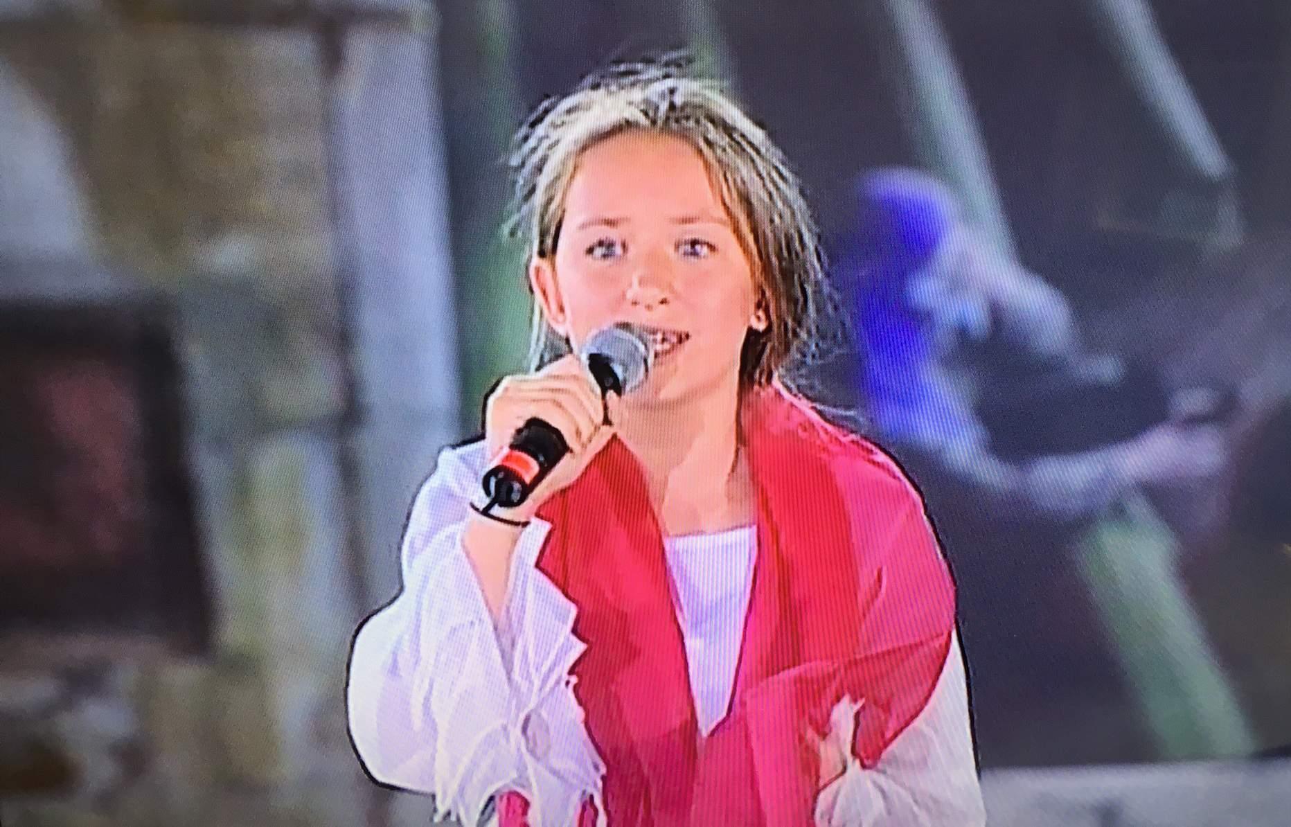 """Mlade umjetnice iz Mostara koje su izvele performans """"Majka Srebrenice"""" poručuju: Žrtve neće biti prepuštene zaboravu"""