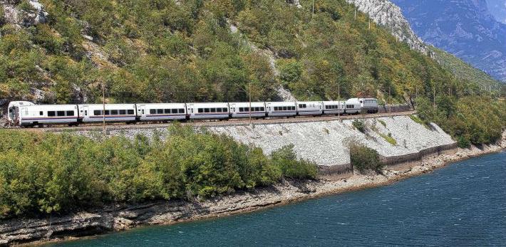 Željeznički putnički saobraćaj polahko se budi u Bosni i Hercegovini