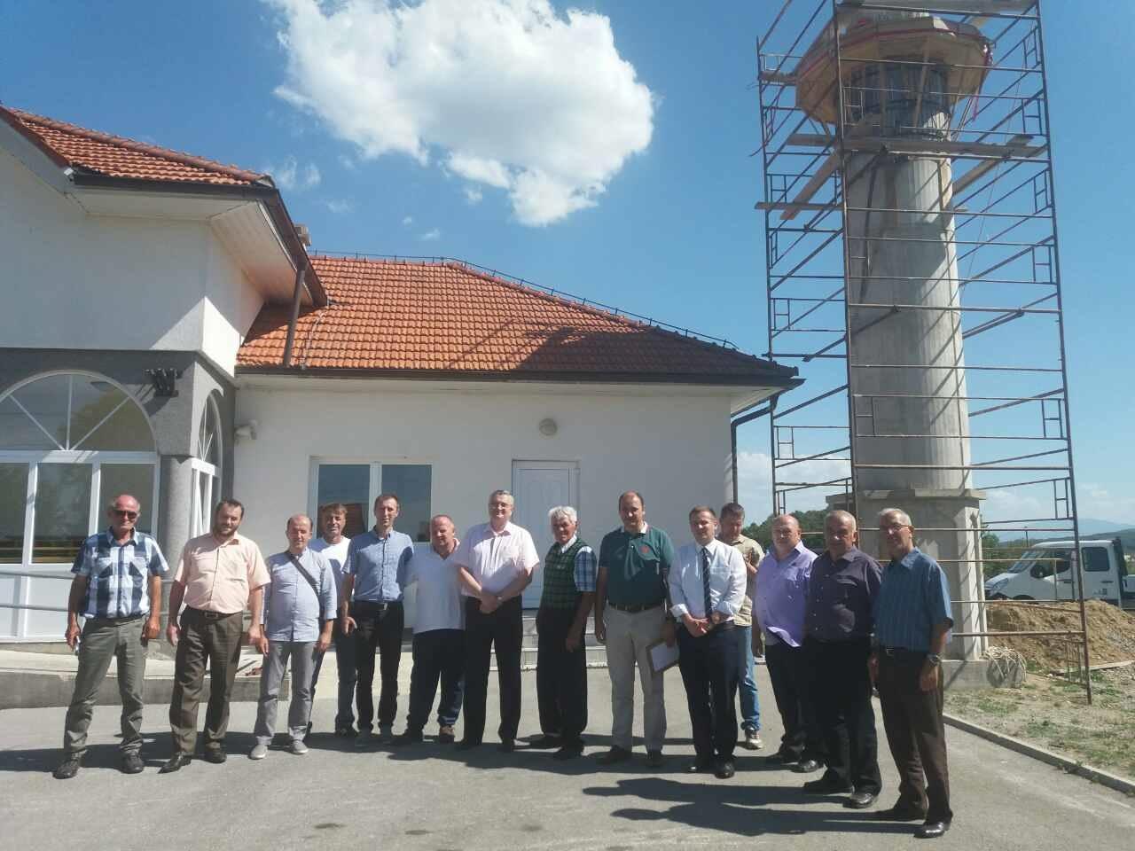 Delegacija grada Cazina uručila 10.000 eura za džamiju u džematu Bogovolja u Hrvatskoj