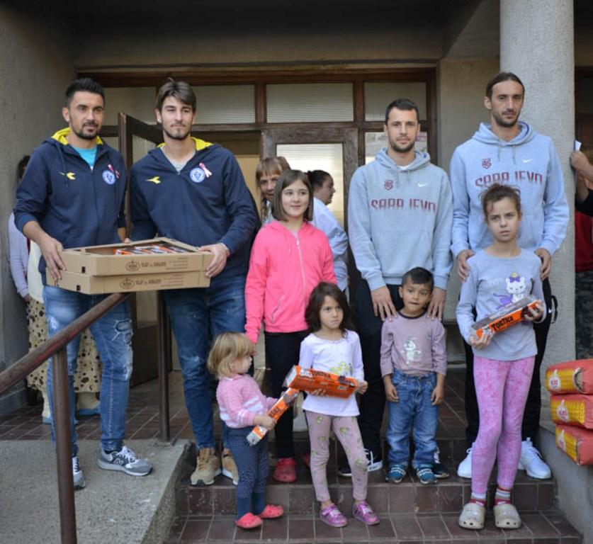 Donaciju Klasa zajednički uručili fudbaleri Željezničara i Sarajeva