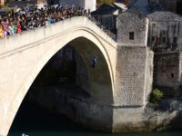 U Mostaru obilježena 24. godišnjica rušenja Starog mosta