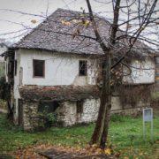 """Najstarija kuća porodičnog življenja u Banjaluci: """"Šeranića kuća"""" čeka obnovu"""