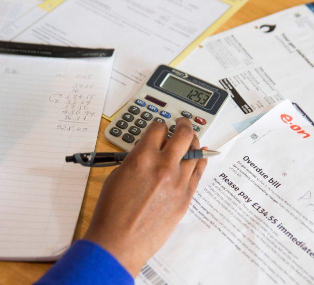 Kako uštediti na plaćanju računa