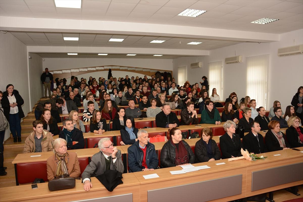 Mostar: Nagrade i priznanja za 54 najbolja učenika u FBiH