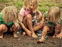 Djeca instinktivno izvode neke pokrete, a roditelji ih u tome sputavaju?