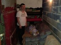 Apel za pomoć Danijelu Muratoviću: Živi u podrumu zgrade bez struje i vode