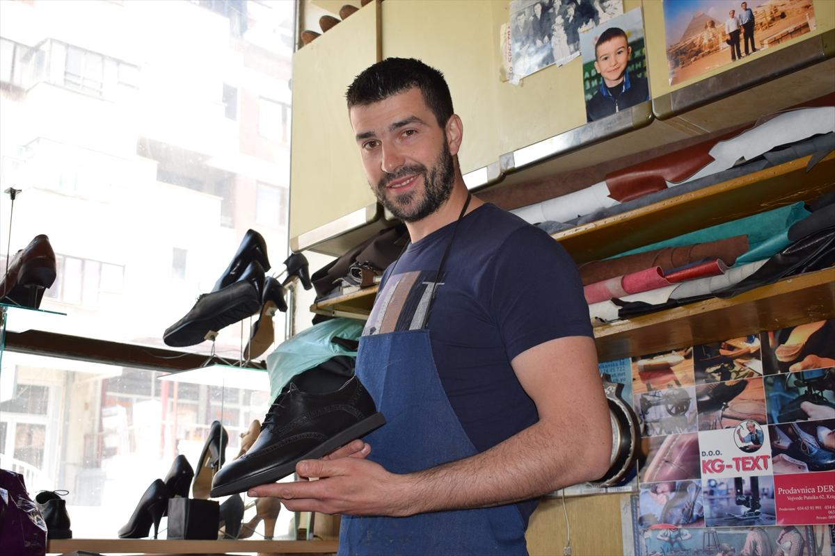 Veliki uspjeh obućara Seida Tandira iz Sjenice: Svoje cipele prodaje čak i u Rusiji