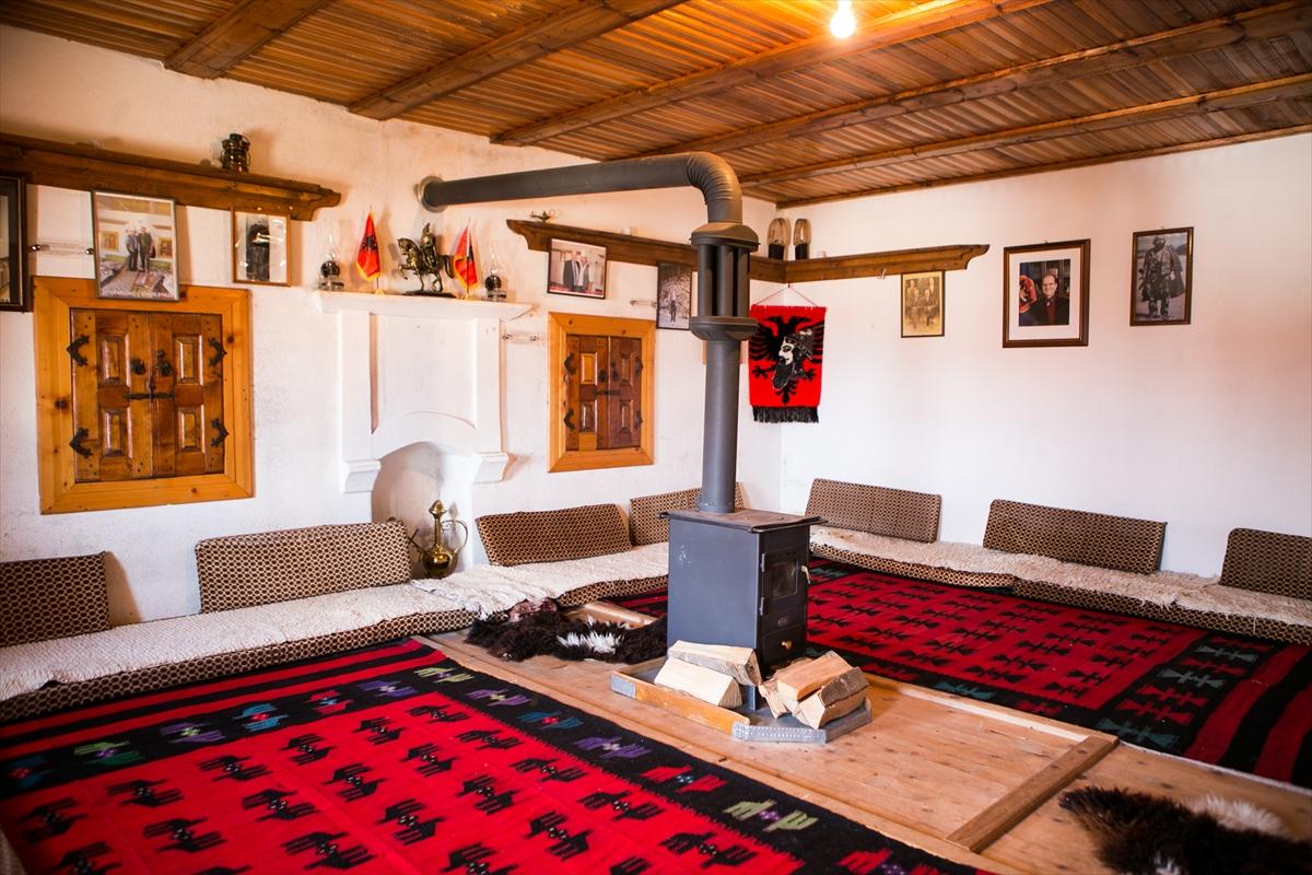 Kosovo: Albanske ode od parlamenta do turističkih atrakcija FOTO
