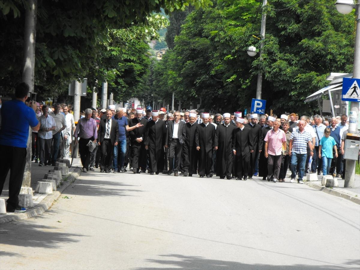 U Kozarcu obilježena 26. godišnjica genocida nad Bošnjacima