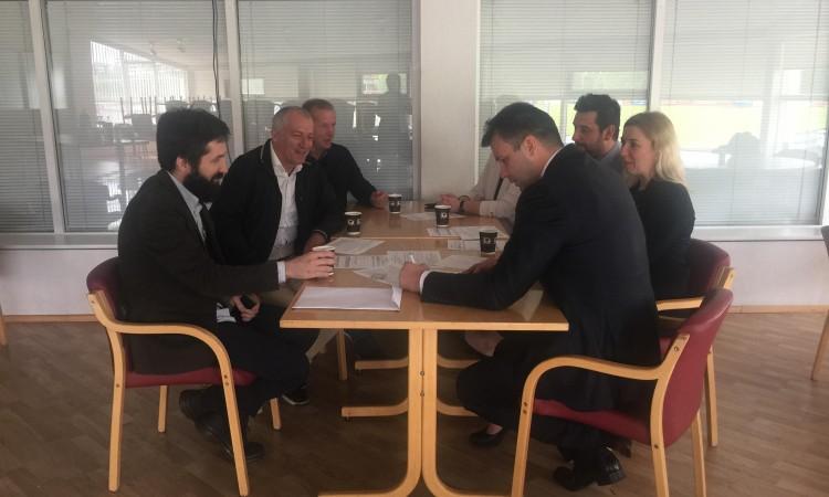 Bh. građani na Islandu organizirano se registrirali za opće izbore u BiH