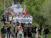 """Iz Nezuka krenuo """"Marš mira"""": Više od 6.000 učesnika odaje počast žrtvama srebreničkog genocida"""