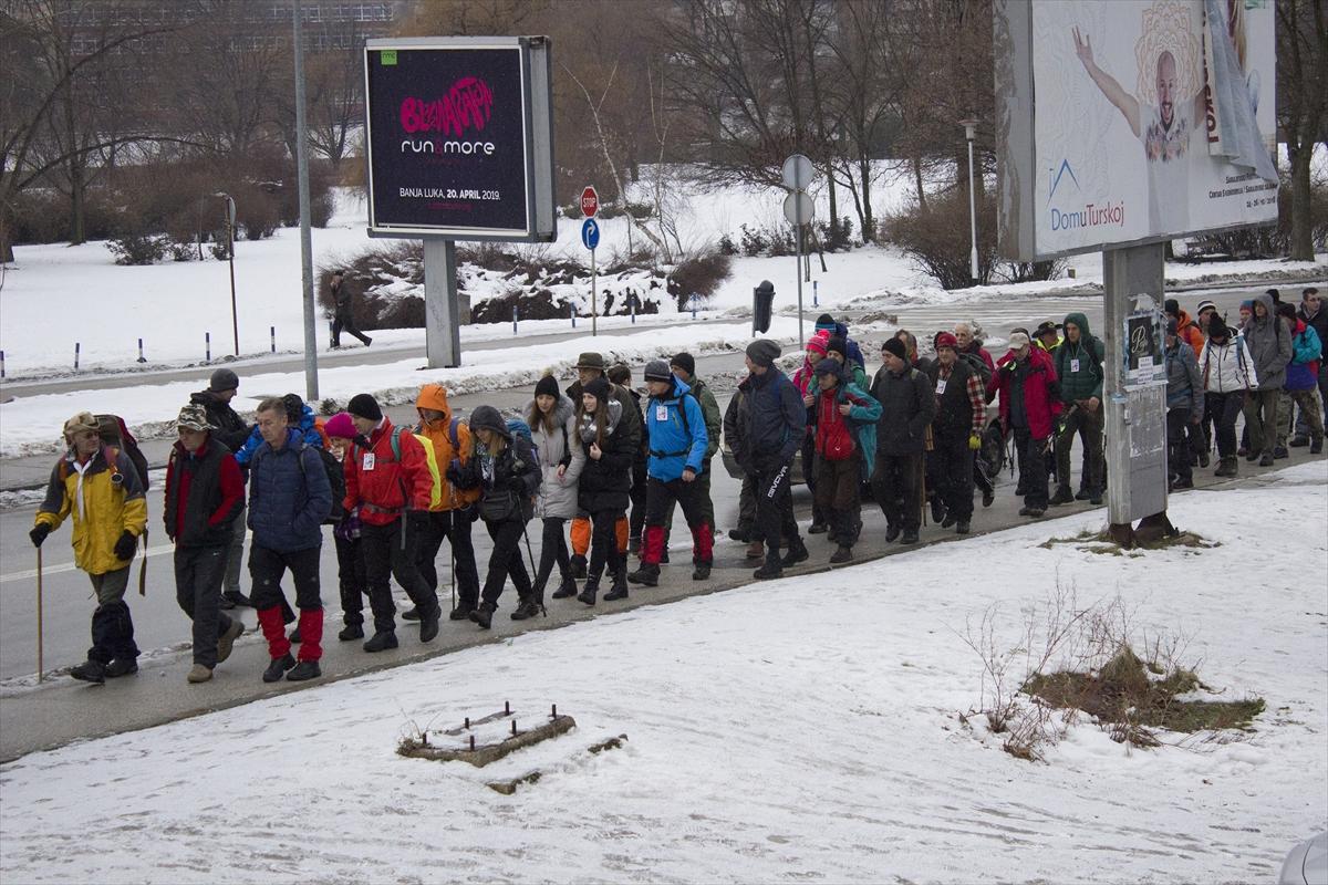 """Više stotina građana Zenice na manifestaciji """"Pješačenjem do zdravlja"""""""