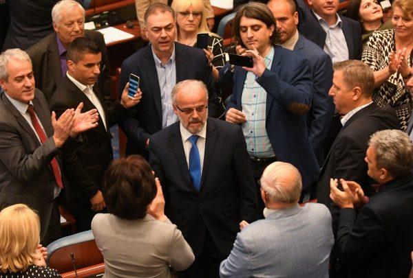 Albanski postao drugi službeni jezik u Makedoniji