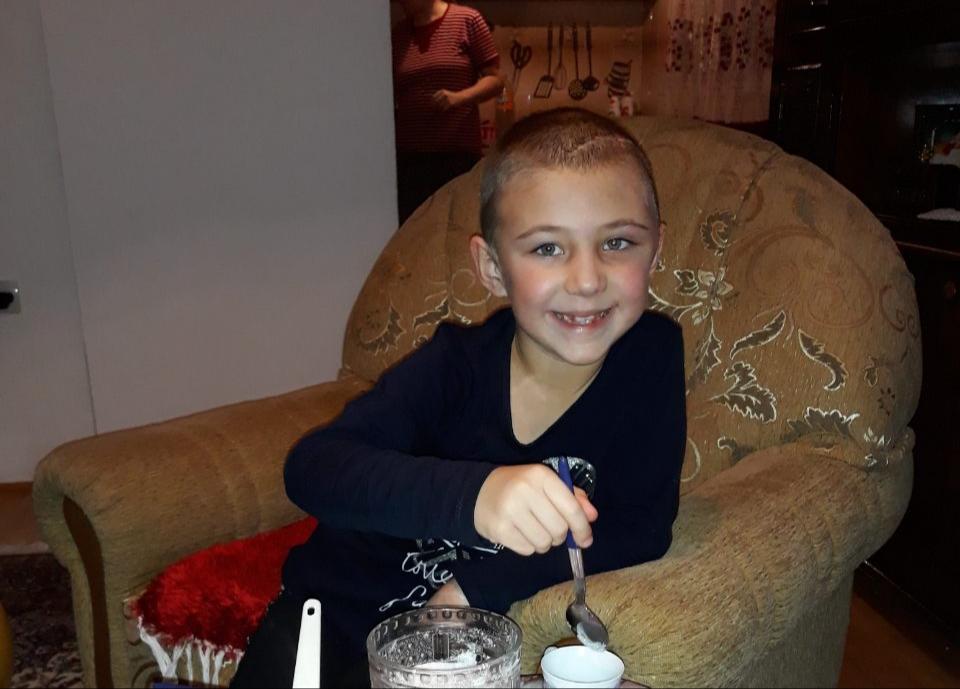 Humanitarna akcija: Pomozimo djevojčici Azri da pobijedi tumor na mozgu